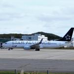 Gripen-YNさんが、能登空港で撮影した全日空 737-881の航空フォト(写真)