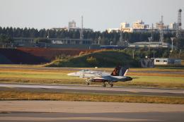 yasunori0624さんが、三沢飛行場で撮影したアメリカ海兵隊 F/A-18C Hornetの航空フォト(飛行機 写真・画像)