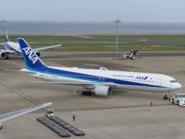 バンチャンさんが、羽田空港で撮影した全日空 767-381/ERの航空フォト(飛行機 写真・画像)