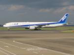 バンチャンさんが、羽田空港で撮影した全日空 777-381の航空フォト(写真)