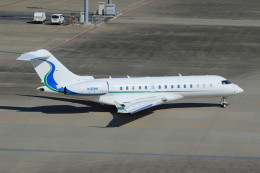 Espace77さんが、羽田空港で撮影したウィルミントン・トラスト・カンパニー BD-700-1A10 Global Expressの航空フォト(飛行機 写真・画像)