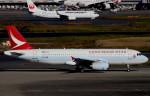 T.Kenさんが、羽田空港で撮影したキャセイドラゴン A320-232の航空フォト(飛行機 写真・画像)