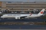 あしゅーさんが、羽田空港で撮影した日本航空 A350-941XWBの航空フォト(写真)