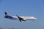 516105さんが、鳥取空港で撮影したマンダリン航空 ERJ-190-100 IGW (ERJ-190AR)の航空フォト(写真)