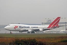 ミンミンさんが、成田国際空港で撮影したマーティンエアー 747-412(BCF)の航空フォト(飛行機 写真・画像)