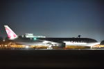 kamerajiijiさんが、成田国際空港で撮影したカタール航空 777-3DZ/ERの航空フォト(写真)