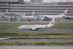 keitsamさんが、羽田空港で撮影した日本航空 737-846の航空フォト(飛行機 写真・画像)