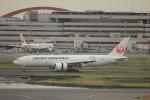 keitsamさんが、羽田空港で撮影した日本航空 777-246/ERの航空フォト(写真)