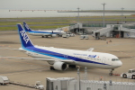 keitsamさんが、羽田空港で撮影した全日空 767-381/ERの航空フォト(飛行機 写真・画像)