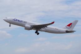 PASSENGERさんが、デュッセルドルフ国際空港で撮影したオヌール・エア A330-223の航空フォト(飛行機 写真・画像)
