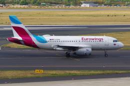 PASSENGERさんが、デュッセルドルフ国際空港で撮影したユーロウイングス A319-132の航空フォト(飛行機 写真・画像)