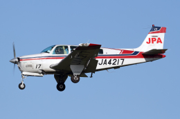 Echo-Kiloさんが、札幌飛行場で撮影したジェイピーエー A36 Bonanza 36の航空フォト(飛行機 写真・画像)