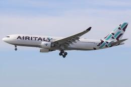 masa707さんが、ロサンゼルス国際空港で撮影したエア・イタリー A330-202の航空フォト(飛行機 写真・画像)