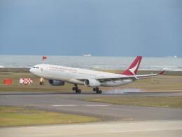 いぶちゃんさんが、新潟空港で撮影したキャセイドラゴン A330-342Xの航空フォト(飛行機 写真・画像)