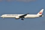 あしゅーさんが、成田国際空港で撮影した日本航空 777-346/ERの航空フォト(飛行機 写真・画像)