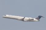 安芸あすかさんが、ロサンゼルス国際空港で撮影したスカイウエスト CRJ-700の航空フォト(写真)