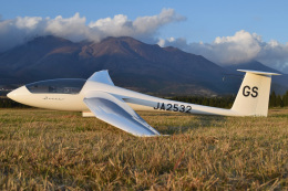MOR1(新アカウント)さんが、久住滑空場で撮影した日本個人所有 Discus bの航空フォト(飛行機 写真・画像)