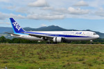 Dojalanaさんが、函館空港で撮影した全日空 767-381の航空フォト(飛行機 写真・画像)