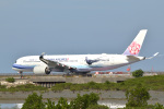 kon chanさんが、那覇空港で撮影したチャイナエアライン A350-941XWBの航空フォト(飛行機 写真・画像)