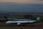 HNANA787さんが、仙台空港で撮影したエバー航空 A330-302の航空フォト(写真)