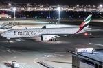 I.K.さんが、羽田空港で撮影したエミレーツ航空 777-31H/ERの航空フォト(写真)