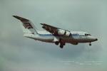 tassさんが、ロンドン・ガトウィック空港で撮影したエアUK BAe-146-100の航空フォト(飛行機 写真・画像)