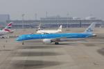 しんさんが、関西国際空港で撮影したKLMオランダ航空 787-9の航空フォト(写真)