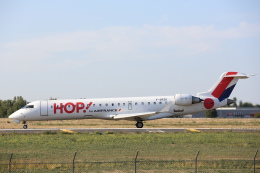 安芸あすかさんが、パリ オルリー空港で撮影したエールフランス・オップ! CL-600-2C10 Regional Jet CRJ-701の航空フォト(飛行機 写真・画像)