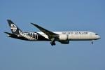 トロピカルさんが、成田国際空港で撮影したニュージーランド航空 787-9の航空フォト(写真)