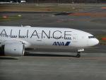 ヒロリンさんが、新千歳空港で撮影した全日空 777-281の航空フォト(写真)