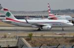 IL-18さんが、マドリード・バラハス国際空港で撮影したミドル・イースト航空 A320-232の航空フォト(写真)