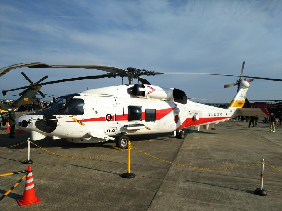 Dickiesさんの海上自衛隊 Mitsubishi SH-60K (8901) 航空フォト