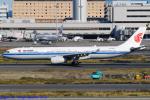 Chofu Spotter Ariaさんが、羽田空港で撮影した中国国際航空 A330-343Xの航空フォト(飛行機 写真・画像)