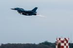 NCT310さんが、入間飛行場で撮影した航空自衛隊 F-2Bの航空フォト(写真)