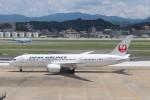 こじこじさんが、福岡空港で撮影した日本航空 787-8 Dreamlinerの航空フォト(写真)