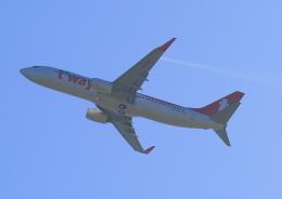 タミーさんが、関西国際空港で撮影したティーウェイ航空 737-8KNの航空フォト(飛行機 写真・画像)