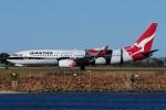 ぼんやりしまちゃんさんが、シドニー国際空港で撮影したカンタス航空 737-838の航空フォト(写真)