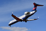 betaさんが、伊丹空港で撮影したアイベックスエアラインズ CL-600-2C10 Regional Jet CRJ-702の航空フォト(飛行機 写真・画像)