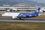 神宮寺ももさんが、高松空港で撮影した春秋航空 A320-214の航空フォト(飛行機 写真・画像)