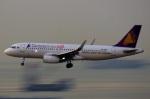KAZKAZさんが、香港国際空港で撮影したカンボジア・アンコール航空 A320-232の航空フォト(写真)