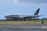 kuro2059さんが、ダニエル・K・イノウエ国際空港で撮影したユナイテッド航空 777-222/ERの航空フォト(飛行機 写真・画像)