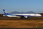 セブンさんが、新千歳空港で撮影した全日空 777-381の航空フォト(飛行機 写真・画像)