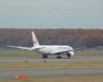 まひろさんが、新千歳空港で撮影した日本航空 777-289の航空フォト(飛行機 写真・画像)