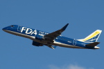 セブンさんが、新千歳空港で撮影したフジドリームエアラインズ ERJ-170-200 (ERJ-175STD)の航空フォト(飛行機 写真・画像)