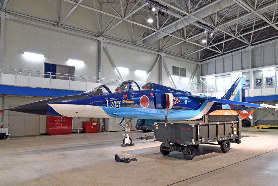 鈴鹿@風さんの航空自衛隊 Mitsubishi T-2 (29-5176) 航空フォト