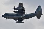 NFファンさんが、厚木飛行場で撮影したアメリカ海兵隊 KC-130J Herculesの航空フォト(写真)