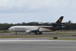 kuro2059さんが、ダニエル・K・イノウエ国際空港で撮影したUPS航空 MD-11Fの航空フォト(飛行機 写真・画像)