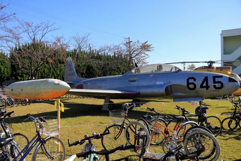 Wasawasa-isaoさんの航空自衛隊 Lockheed T-33 Shooting Star (51-5645) 航空フォト