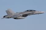 Talon.Kさんが、厚木飛行場で撮影したアメリカ海兵隊 F/A-18D Hornetの航空フォト(写真)