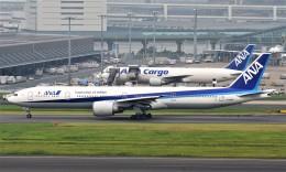 鉄バスさんが、羽田空港で撮影した全日空 777-381/ERの航空フォト(飛行機 写真・画像)